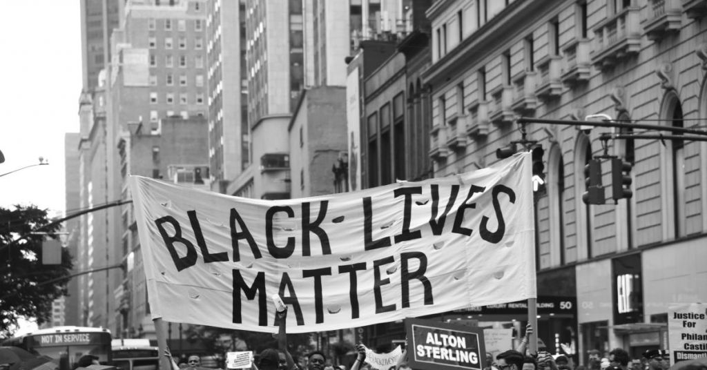 Watch: BLM Push Their Way Onto Brooklyn Bridge, This Time NYPD Pushes Back