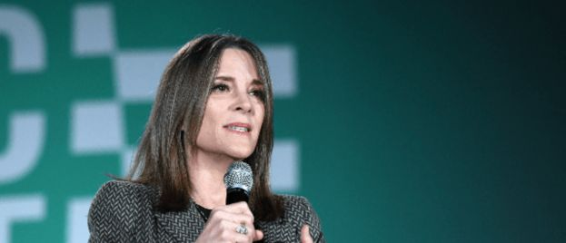 Marianne Williamson Defends Tulsi Gabbard, Accuses Democrats of 'Smearing Women it Finds Inconvenient'