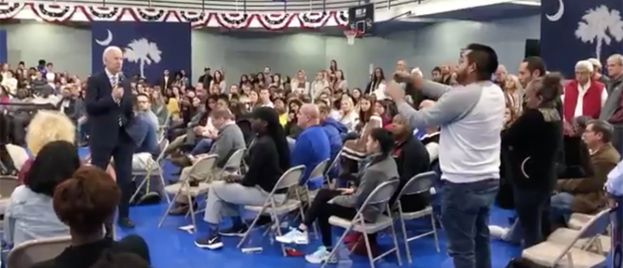 VIDEO: Biden loses cool with event attendee — tells him to vote for Trump!