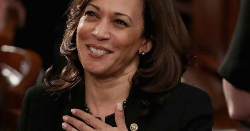 How Did Kamala Become 'A Hero' Without Having Any Accomplishments?