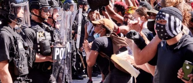 Anarchy in DC: Protestors go after...Lincoln & WWII? – Create Autonomous Zone