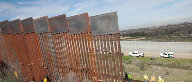 Washington Post: Donald Trump Will Transfer $7.2 Billion for Border Wall | 400 Miles To Be Built By End Of 2020