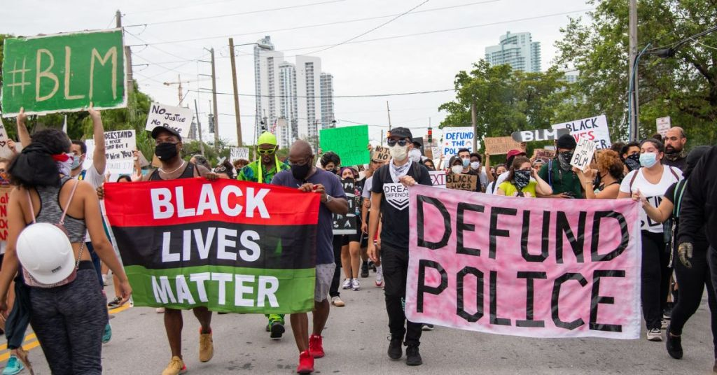 Infighting: Black Lives Matter Feeling 'Irrelevant' & Abandoned By Democrat Party