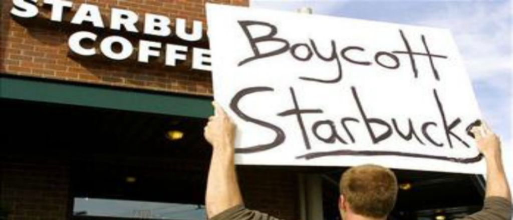 Starbucks Kicked Out Police Officers Because Customers 'Did Not Feel Safe'