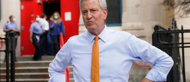 New York S**tty: De Blasio Lies Again, Leaves Druggies & Sex Offenders In Posh Hotel