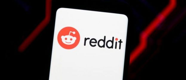 """Reddit Says It Will Allow Hate Speech Against """"People Who Are in the Majority"""""""