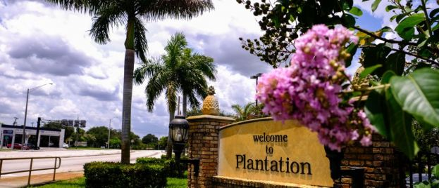 Move gains steam to drop 'Plantation' from city, state names
